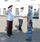 Министр внутренних дел по Адыгее вручил награды отличившимся сотрудникам патрульно-постовой службы